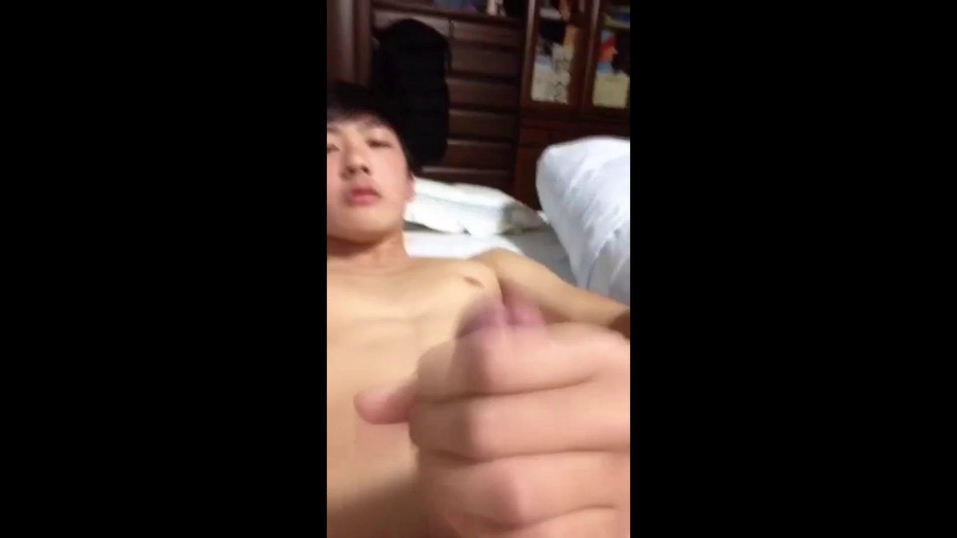 ゲイエロ動画|大人の男を夢見るBOYS Vol.24|手コキ