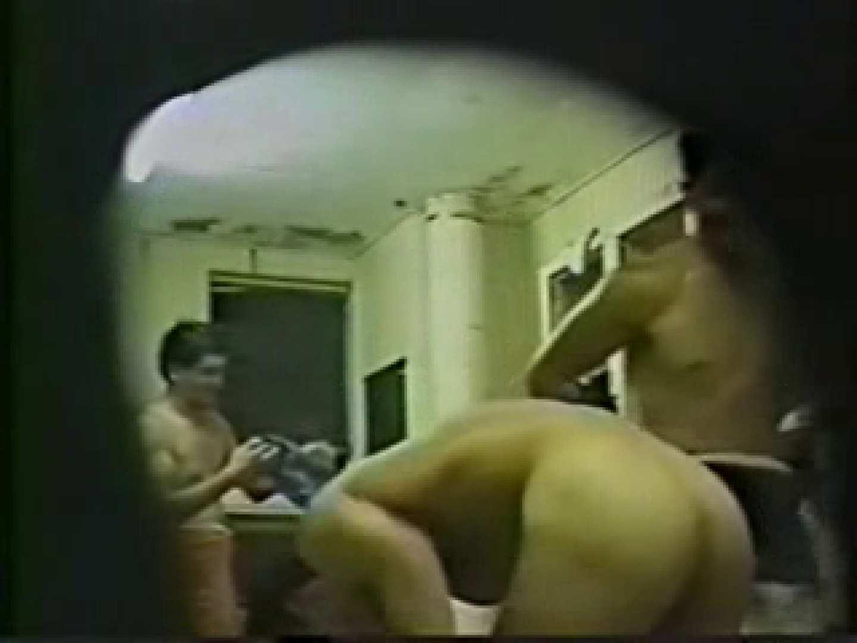 ゲイエロ動画|体育会系の脱衣所のぞきVOL.1|スジ筋系
